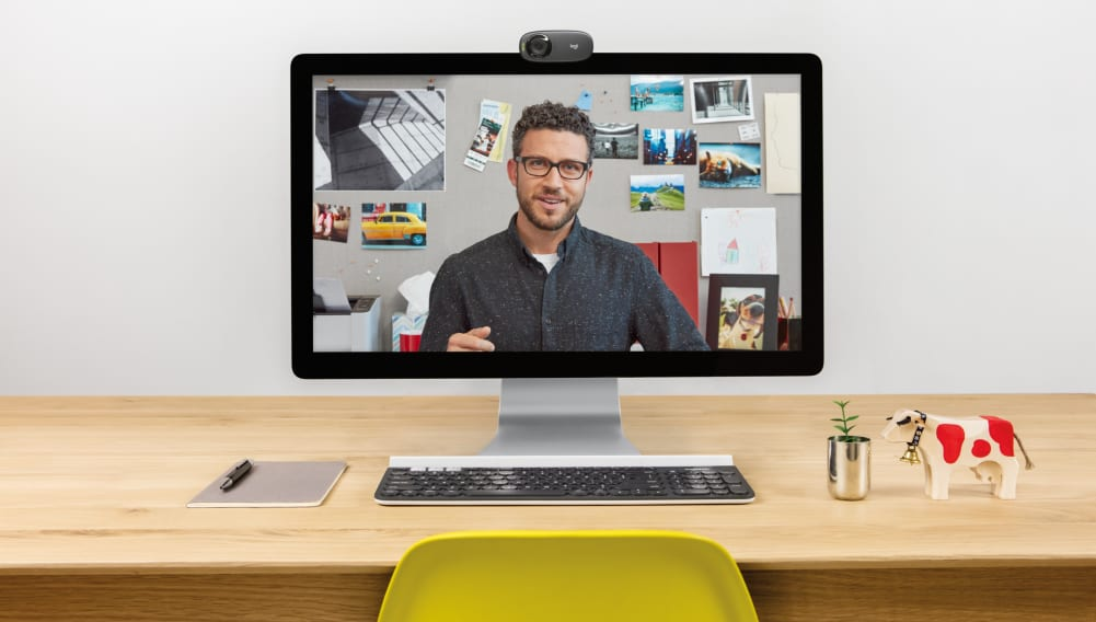 Widescreen HD 720P Video Calls