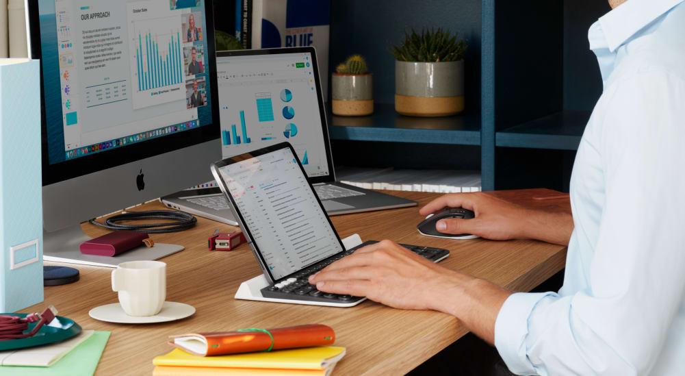 ホームオフィスのマルチデバイス セットアップ
