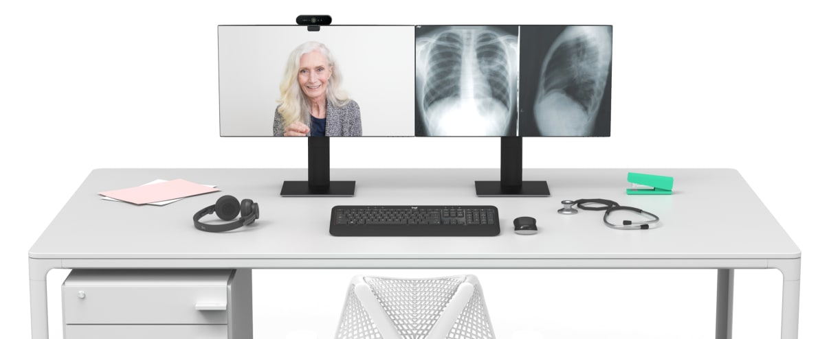 Patient and x-ray images displayed on monitors