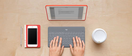 Imagem do teclado Logitech e do iPad