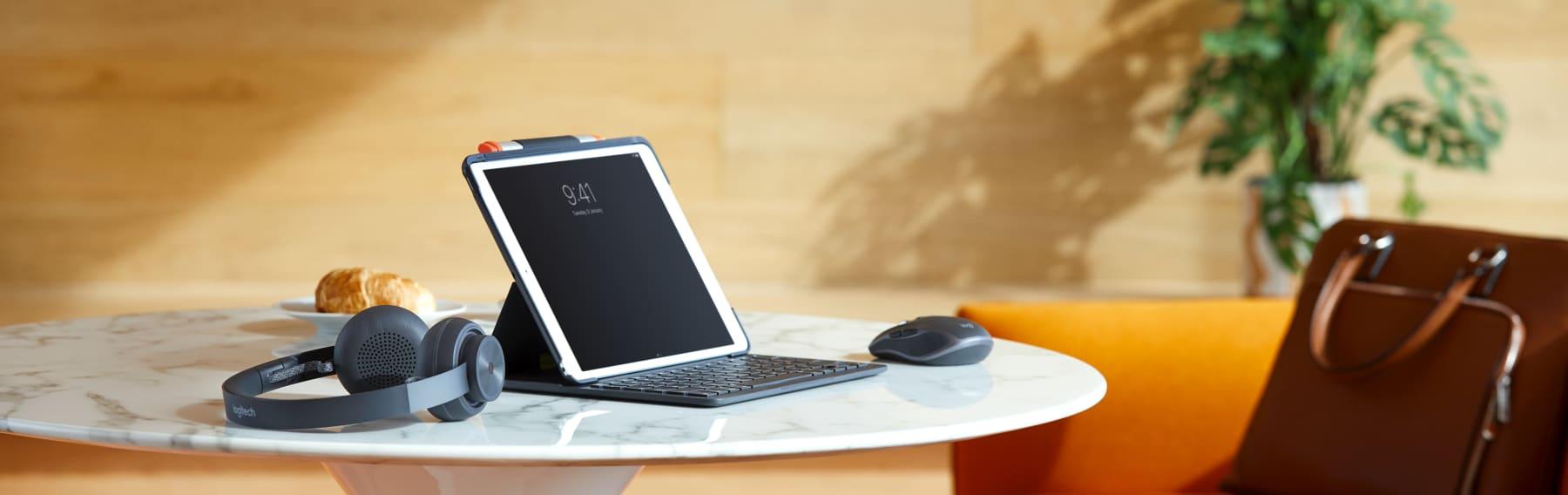 iPad-Einrichtung mit Logitech-Zubehör