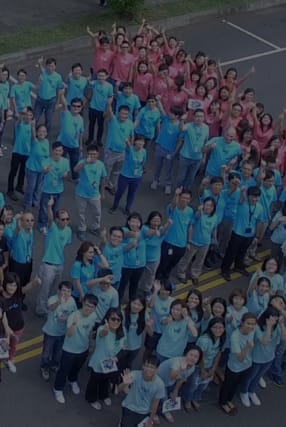 Group photo of Logi employees