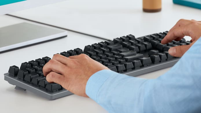 K840 built-in strain relief makes working for hours easier