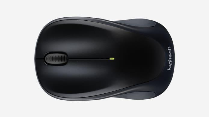 espacio de trabajo con mouse para la mano izquierda