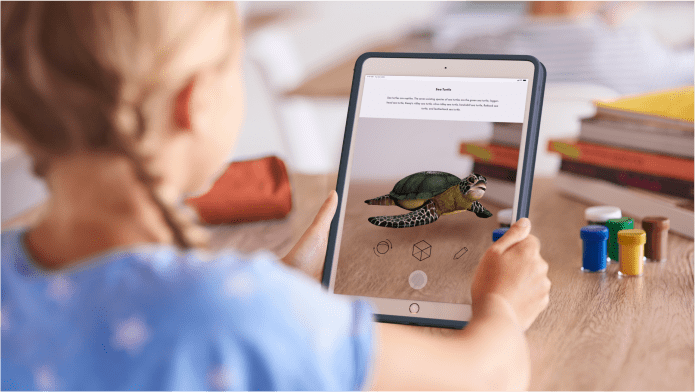 EXPLORE WITH AUGMENTED REALITY