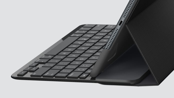Slim folio keyboard is integrated for user convenience